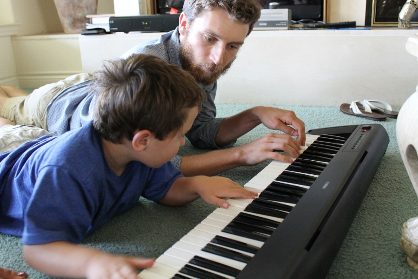 Playing-piano-together